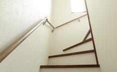 階段も手すりも新しくしました